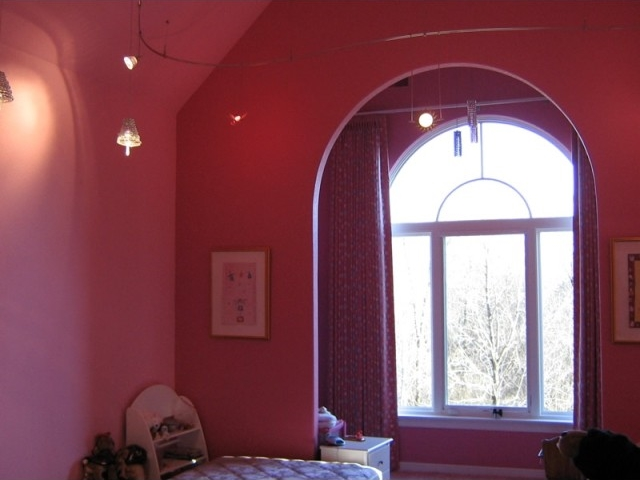 Painted walls,ceiling & woodwork
